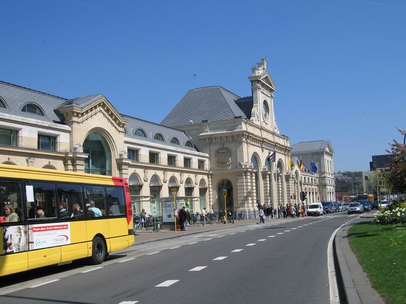 Photo de la gare de Namur, exemple d'accessibilité réussie